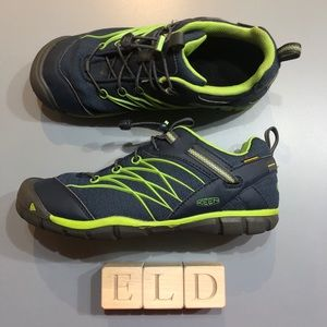 Keen Chandler CNX Waterproof Quicklace Sneakers